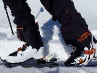 România, principalul furnizor de clăpari de ski din UE. Germania exportă bomboane de ciocolată și trenulețe, iar Franta, vin și curcani