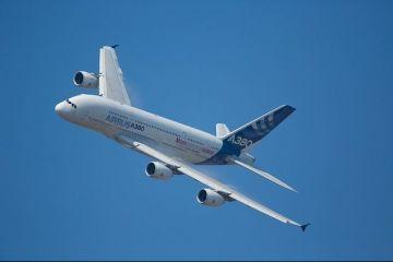 Sfârșit de drum pentru cel mai mare avion de pasageri din lume. Airbus pune capăt producției A380