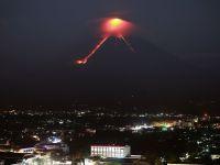 Vulcanul Mayon din Filipine a erupt: peste 65.000 de persoane, evacuate