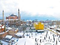 Atenționare de călătorie la Istanbul: furtuni care pot pune în pericol populația și pot afecta traficul aerian, terestru și maritim