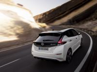 TEST: cum se conduce electrica Nissan cu autonomie de 415 km în oraș