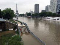 Inundaţii la Paris: Sena a ajuns la patru metri peste nivelul obişnuit