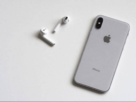 Apple reduce la jumătate producția de iPhone X, din cauza vânzărilor sub așteptari din perioada sărbătorilor