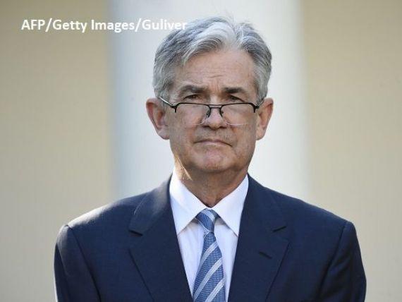Jerome Powell o înlocuiește pe Janet Yellen la conducerea Rezervei Federale americane. Venirea lui la conducerea Fed coincide cu prăbușirea bursei americane