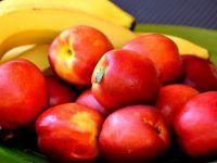 Elevii vor primi fructe proaspete la școală, în special banane
