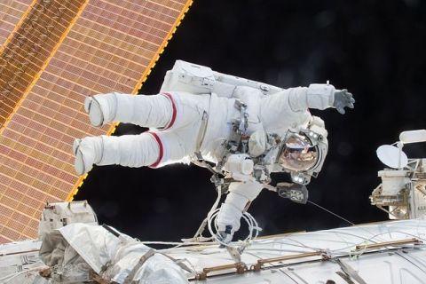 Casa Albă vrea să privatizeze Stația Spațială Internațională, cel mai scump obiect construit pe Terra. SUA vor să pună capăt programului spațial extrem de costisitor