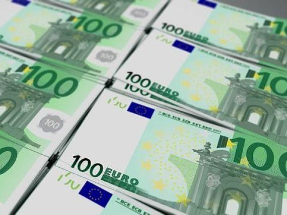 Finanțele împrumută un miliard de euro de la bănci, în octombrie, pentru finanțarea datoriei și a deficitului