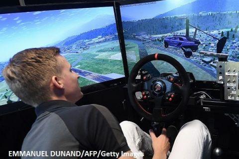 Prima mașină zburătoare din lume, prezentată la Salonul Auto de la Geneva. Cum arată și cât costă vehiculul care revoluționează industria auto