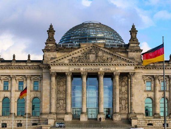 Germania se confruntă cu cel mai acut deficit de angajați din istorie. Cea mai mare economie a Europei anunță un record de locuri de muncă vacante și face angajări masive