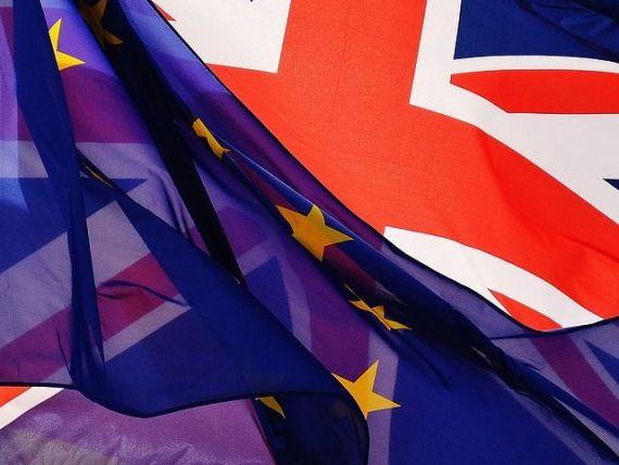 Bloomberg: Brexitul ar putea trasa granițe neașteptate în UE. Un acord de liber schimb nu va rezolva problema frontierei irlandeze