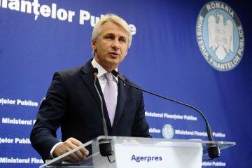 Teodorovici îi răspunde președintelui:  Sunt bani pentru pensii şi salarii şi vor fi până la finalul anului. Pensiile se majorează cu 10%, din iulie