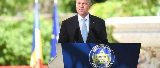 Președintele Iohannis critică din nou PSD: bdquo;Și-a făcut un hobby din a schimba tot ce funcţionează. A mărit salariile până le-a micşorat, acum vrea să desfiinţeze Pilonul II de pensii