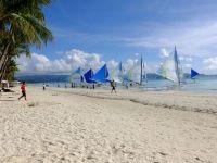 Insula Boracay, una dintre cele mai populare destinaţii turistice din lume, va fi închisă pentru curățare