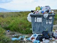 Descoperire uriașă în lupta împotriva poluării: enzima-mutant care mănâncă plasticul