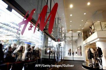 Lovitura pe care o dă H M, în rivalitatea cu Zara. Suedezii schimbă strategia de business la 180 de grade