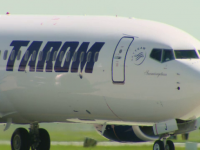 Un avion de pe ruta Bucureşti-Amsterdam, întors din drum din cauza unui geam fisurat