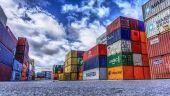 UE reacționează la tarifele impuse de Donald Trump. Bruxellesul suprataxează produse americane în valoare de 2,8 mld. euro, de la suc de portocale, la îmbrăcăminte și motociclete