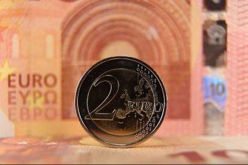 Iliberalismul, o nouă amenințare pentru euro. Draghi: Regimurile anti-sistem pun în pericol democrațiile