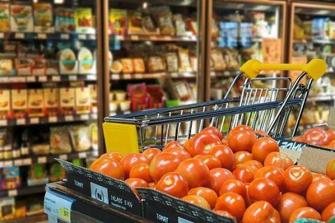 O nouă explozie a prețurilor în mai: am mancat fructe, cartofi și conserve mai scumpe. Rata anuală a inflației a urcat la 5,4%, cel mai ridicat nivel din ultimii 5 ani