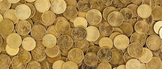 Leul s-a apreciat în fața principalelor valute. Euro scade spre 4,64 lei