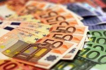 Deficitul de cont curent a depășit 3 mld. euro, în creștere cu aproape 16%. Datoria externă a României s-a majorat cu 2,5 mld. euro