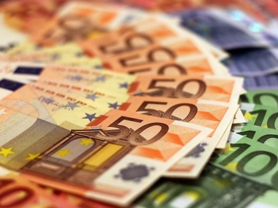 Cea mai puternică economie din UE crește de pe urma celor mai mici salarii