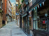 """""""Mica Românie"""", suburbia Londrei unde pe stradă se vorbește românește, iar sarmalele sunt cel mai popular fel de mâncare. Ce scrie presa britanică despre români"""