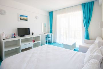 Proprietar pe perioadă limitată. Cum îți iei apartament pe litoral, pentru o săptămână în fiecare an, cu rată lunară de 39 euro