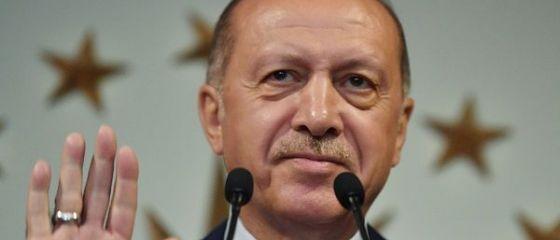 Emirul Qatarului i-a dăruit lui Erdogan un Boeing 747-8 de 400 mil. dolari,  simbol al dragostei  pe care i-o poartă