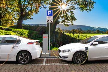 Măsura luată de orașele din România pentru a convinge oamenii să cumpere mașini electrice
