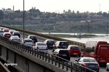 Taxa pentru podul de la Feteşti ar putea fi eliminată.  Autostrada e o ruşine