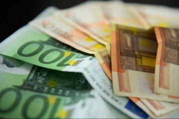 Bulgaria, cea mai săracă ţară din UE, se apropie de momentul aderării la euro