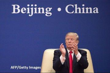 În plin război comercial cu Beijingul, Donald Trump se pregătește pentru alegerile din 2020 cu steaguri  Made in China