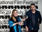 Filmul  Îmi este indiferent dacă în istorie vom intra ca barbari , regizat de Radu Jude, propunerea României pentru Oscar 2019