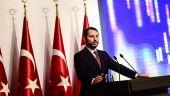 Ginerele lui Erdogan, care este ministrul de Finanţe de la Ankara, promite că Turcia va ieşi mai puternică din criza monetară şi că nu are nevoie de ajutorul FMI