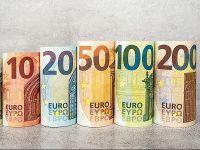 Euro scade ușor, după trei maxime istorice consecutive. Cursul BNR