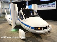 Cum arată prima mașină zburătoare din lume care va fi comercializată. Vânzările încep în octombrie
