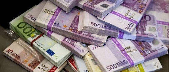 Cea mai mare fraudă fiscală din istoria Europei. Taxe de peste 55 mld. euro, fentate prin manipularea dividendelor, mecanism pus la punct de un avocat german. 11 țări implicate