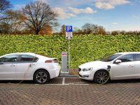Guvernul schimbă programul  Prima Mașină . Ce facilități vor avea cei care vor să-și cumpere mașini electrice sau hibride
