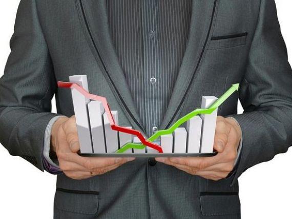 CFA România: Încrederea în economie continuă să scadă. Inflația și indicele ROBOR vor crește în următorul an. Cum va evolua cursul