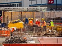 România se umple de asiatici: jumătate de milion de pakistanezi se vor angaja pe piața locală, în următorul an. În ce domenii vor lucra