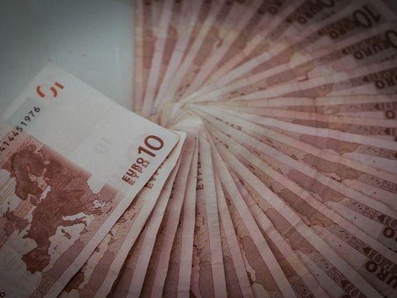Cel mai puternic leu din ultimele trei luni. Euro scade spre 4,64 lei