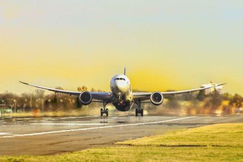 Încă un operator aerian pleacă din România. Zbura spre una dintre cele mai vizitate destinații din Europa