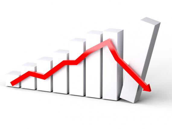 Încrederea în economia României s-a prăbușit în decembrie. Economiștii anticipează o depreciere continuă a leului în acest an și creșteri de prețuri