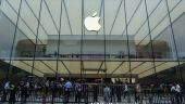 Acţiunile Apple au urcat cu masiv după publicarea rezultatelor financiare. Gigantul se apropie din nou de o capitalizare bursieră de un trilion de dolari
