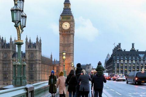 Români în Marea Britanie. Povești de pe malul Tamisei:  Poate britanicii nu sunt la fel de primitori ca românii, dar mă respectă și înțeleg că dacă mi-e rău nu trebuie să vin la muncă