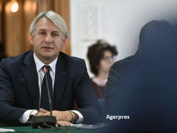 Teodorovici spune că MFP nu se va mai împrumuta din piață, după ce dobânzile au crescut în ultima perioadă. Opoziția susține că vor fi introduse noi taxe