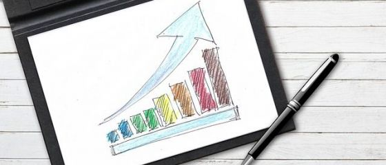 Prognoza menține la 5,5% creșterea economică pe 2019. Leul se va deprecia mai mult decât estimarea inițială. Ce se întâmplă cu prețurile
