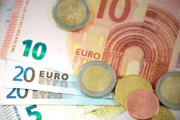 Cât de pregătită este România să adopte moneda euro. Îndeplinim doar două criterii din cele patru obligatorii
