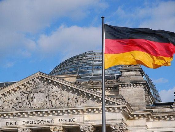 Germania, pregătită să-și salveze economia de criză cu  multe, multe miliarde de euro . Cea mai mare economie a UE, aproape de recesiune
